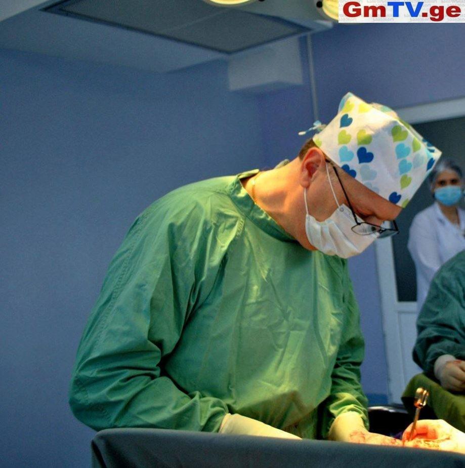 სასწრაფოს ექიმების აღიარება, გაპარული პაციენტის სხეულში აღმოჩენილი სასიკვდილო ნივთიერება და ექიმის უდანაშაულობის მტკიცებულებები