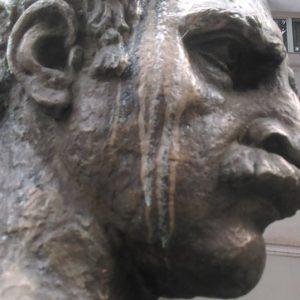 მერაბ კოსტავას ძეგლი ისევ შებღალეს! – დაუსჯელობის შედეგი!